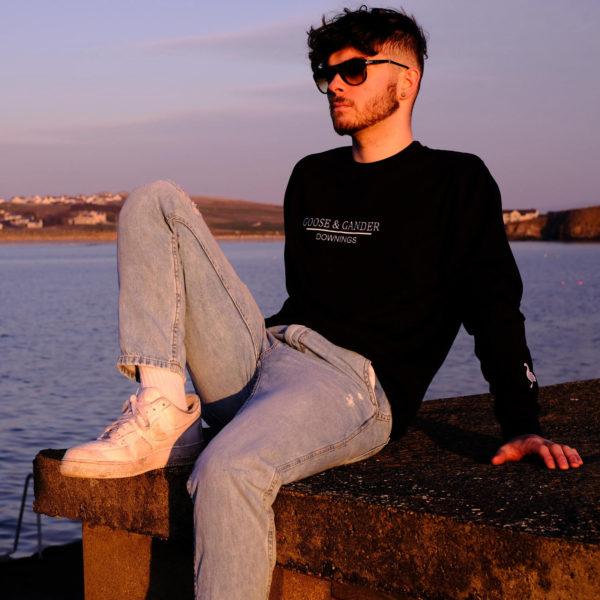 Sweatshirt Black Promo-Goose-&-Gander-Downings